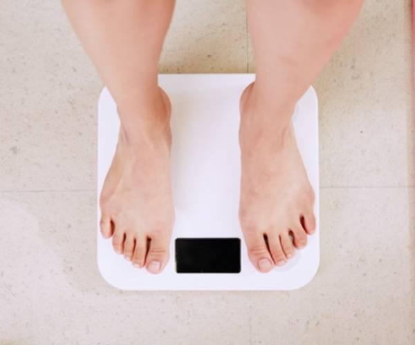 Hoe corona leidde tot gewichtstoename en hoe je er weer vanaf komt
