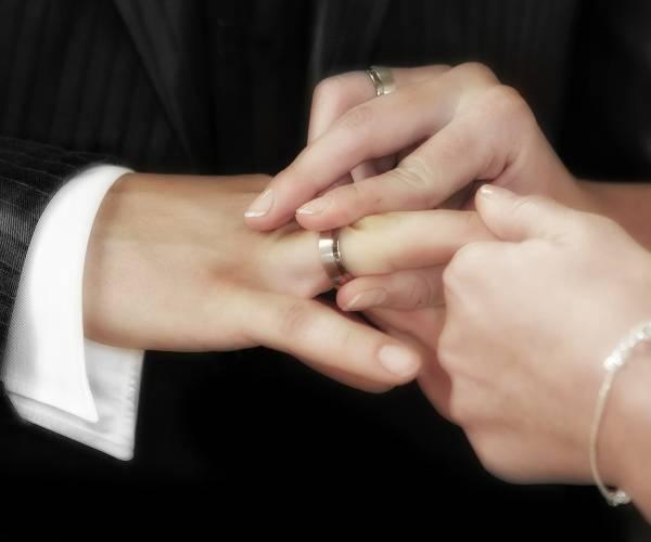 DFM heeft mogelijkheden voor huwelijken en partnerregistraties versoepeld