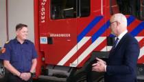 Burgemeester op werkbezoek bij brandweer