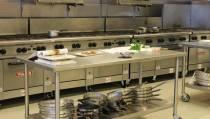 Duizenden handtekeningen tegen sluiten keukens Patyna: