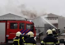 Loods in brand aan de Leeuwarderstraatweg in Heerenveen
