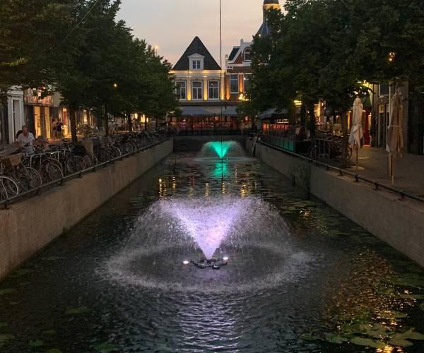 Waterstad Sneek acht kleurrijke fonteinen rijker