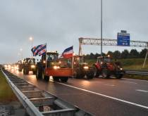 Boeren opnieuw in actie, trekkers op de snelweg en blokkade distributiecentrum Lidl
