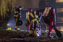 Brandweer Sneek traint ijsduiken
