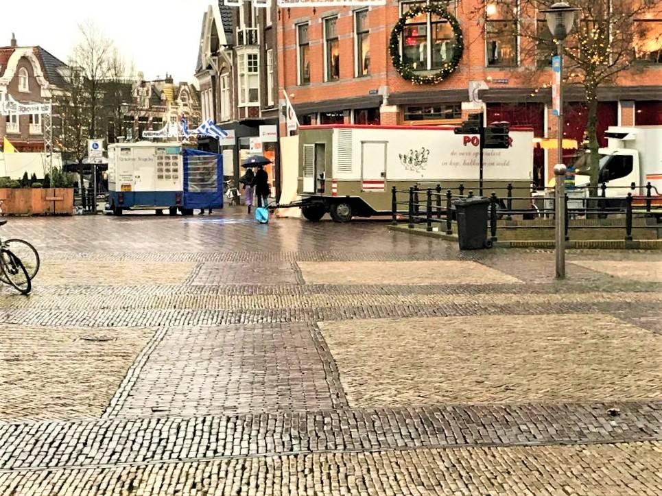Foto genomen op zaterdagmiddag 15.32 uur vanaf het Schaapmarktplein