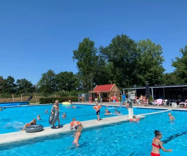 Zwembad De Delte in Gorredijk gaat deze zomer niet meer open