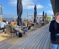Genieten van uitzicht en ervoor betaald krijgen? Beachclub Sneek zoekt bedieningsmedewerkers en een zelfstandig werkend kok!