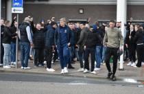 Spelers sc Heerenveen onthaald bij Abe Lenstra stadion na winnen Noordelijke derby