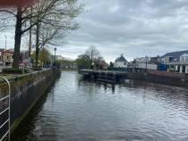 Koninginnebrug draait tijdens de pilot van Waterstad Sneek