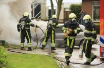 Auto in brand aan de Snilen in Vegelinsoord