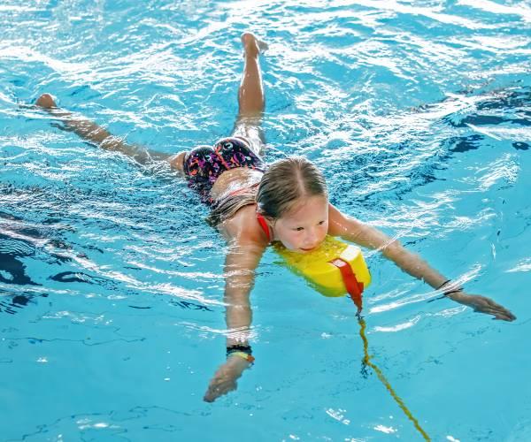 Reddingsbrigade kan weer oefenen in zwembad Lemmer